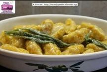 Squash Gnocchi / Recipe of the Day - Green Winter Squash Gnocchi with Butter, Sage, and Parmesan cheese sauce http://ow.ly/qlNoZ  Happy #Halloween to all my dear friends and followers   Today Green Winter Squash Gnocchi with Butter, Sage and Parmesan cheese sauce #recipeoftheday #squash #italiancuisine #italiancooking #isacookinpadua #gnocchi