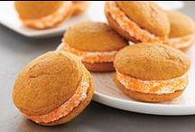 Making Whoopie! / Whoopie Pies and Cookie  Sandwiches / by Dona (Chicken Giggles) Parmely