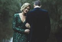 Merry Matrimony || Pocketful of Dreams X Amara / Ideas for an elegant and enchanting emerald and gold Christmas Winter Wedding, filled with stylish touches.