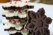 Christmas Recipes / Twinkly lights, cocoa, pine trees, cookies