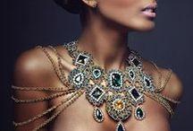 Diamonds are a girls bestfriend / by Sierra Aguiar