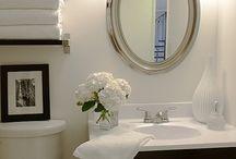 THE Bathroom / by Leticia Korin-Moore