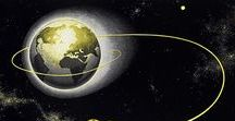Space Art / Space Art and Posters. Vintage designs and historical NASA photographs.