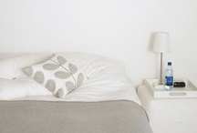 Simple home decor / Lots of white, scandinavian, minimalist and comfy