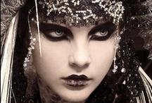 Make-up / by Menna Morey