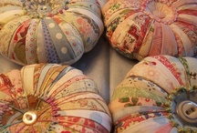 Pin Cushions and Needle Books / by Cynthia
