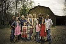 "The Willis Clan / If raising a large family was an extreme sport, Toby and Brenda Willis would be gold medalists. Follow their adventures as they raise 12 children who are accomplished singers, songwriters, multi-instrumentalists, athletes and in the case of the older kids, internationally-ranked competitive dancers! Watch the ""Willis Clan"" on GAC every Thursday night at 8/7c. Find out more at www.gactv.com/willisclan and join the conversation on Twitter #WillisClan! / by Great American Country"