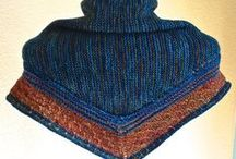 Knitty Wraps/Shawls / by Annie Shafai