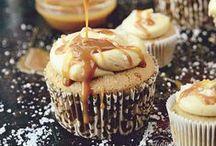 Baking / by Amalia GB