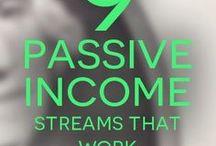 Passive Income / Passive income streams, real estate, books, blogs, evergreen content, courses, blog income