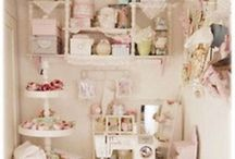 COTTAGE LOVE / by Northern Cottage