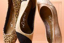 Shoes.. Shoes.. Shoes.. / by Alyssa Hagen