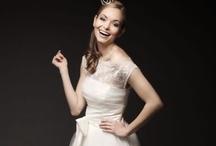 Wedding dresses / by Cindy Wong