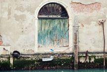 Places to see / by Alyssa Hagen