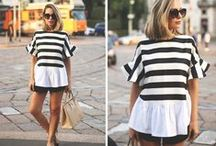 Stripes-Navy Trend / The navy style or sail or look is one of the star trend this summer. In spite of it is a classic, the horizontal stripes are reinventing themselves season after season. It is ideal for plans by the sea, for romantic summer evenings, for shopping with your friends. Find striped with naval reminiscences in dresses, crop tops, t-shirts, skirts, shorts, bikinis...Add to your must list this binomial trendy!