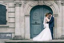 Hochzeitsfotografie | MR & MRS / Das Brautpaar Fotoshooting gestalten wir ganz gemütlich, sodass entspannte und romantische Bilder zu zweit entstehen können. Ihr habt einen Moment zum Durchatmen und könnt die Gemeinsamkeit geniessen, bevor es weitergeht im Programm.  Am Hochzeitstag selbst ist auch ein Minishooting möglich, sodass das eigentliche Brautpaar Shooting ein paar Tage später in aller Ruhe stattfinden kann, ohne etwas von Eurem grossen Tag zu verpassen. Wir sind flexibel. :)