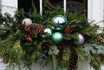 Holiday decorating ideas / by Peggy Arteberry