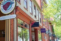Downtown Lancaster / A hub of art, culture, shopping and dining, historic Downtown Lancaster is a vibrant city packed with activities for locals and visitors alike - the heart of Lancaster County's creative side. The city is situated in the center of Lancaster County, and its seven square miles are packed with art, museums, historical attractions, restaurants and cafes, theatres, shops and boutiques.