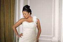 Savvy Style: Wedding Dresses Under $1000 / Wedding dresses under $1000