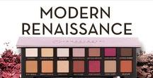MODERN RENAISSANCE / An essential eye shadow collection featuring fourteen shades, including neutral and berry tones.
