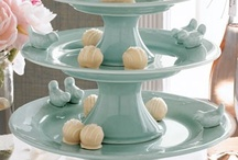 Cake Stands & Serving Pieces / by Laura Siegel