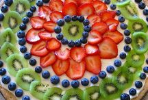 Desserts / by Leeann Kardell