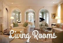 Warm Living Room Spaces / These living rooms are great examples of beautiful lounge spaces for relaxing and socializing.