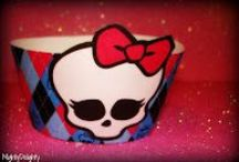 Monster High / Ideas for a Monster High Birthday Party - from decorations to food
