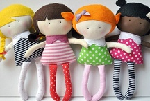 Dolls and stuffed animals / by Fercita