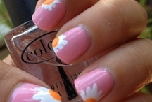nails ♥ / by Alison Mc Namara