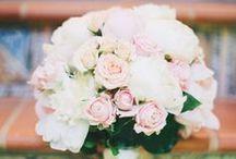 WEDDING FLOWERS /// / Wedding flower ideas.