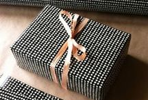 WRAP IT UP /// / Ideas on how to beautifully wrap your presents for the holidays.