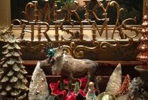 Vintage Christmas Memories / by Joan Williams