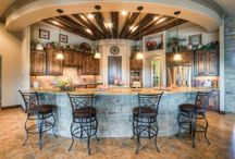 Kitchens I love / by Susan Herring