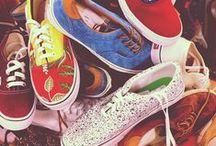 Sport schoenen - Sport shoes / Casual sneakers zijn nu ook verkrijgbaar bij bol.com!