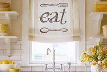 Kitchen/ Dining / by Wendy Bird