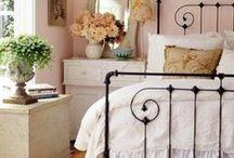 Дом - Спальни* (BEDROOMS)