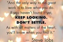 Happy Words / Prachtige quotes om over na te denken. Quotes waar je blij van wordt, waar je zelfvertrouwen van krijg en waarmee je je doelen kan bereiken. Ga voor je dromen!