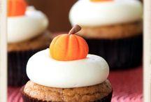 Good Food :: Cupcakes / by Susan Olsen Johnson