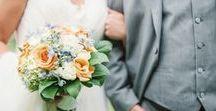 Lisa Foster Floral Design - Knoxville Wedding Florist / Knoxville wedding bouquets by Lisa Foster Floral Design in Knoxville TN. Knoxville florist wedding bouquets, centerpieces, groom boutonnieres, bridal bouquets, and bridesmaid bouquets by Knoxville florist.