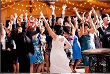 Knoxville DJs / Knoxville DJs and wedding entertainment for brides and grooms in TN. Knoxville Wedding DJS, uplighting, accent lighting, wedding music, and more.