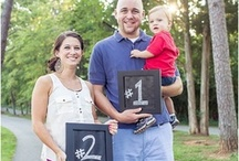 Pregnancy Announcement Ideas / Pregnancy announcement ideas and inspiration for maternity photos and baby announcement ideas. Pregnancy picture ideas, pregnancy photo ideas, and cute DIY inspiration.