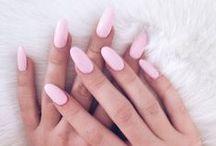 ↠ nails