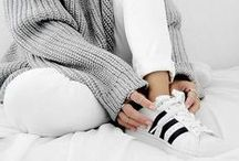 ↠ black & white