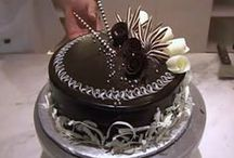 Foodie - Cake Decor / Cake as Art. Design and decoration of cakes and cookies. Some tips on decorating cakes.    |||  See Foodie - Cakes & Cookies board for recipes to make. @lindyasimus