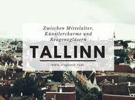 Estland / Zwischen Mittelalter, Künstlercharme und Reagenzgläsern Bekannt ist Tallinn vor allem für seine malerische Altstadt. Hier reihen sich historische Gebäude aneinander, getrennt von grob gepflasterten Gassen und der massiven Stadtmauer. In der Altstadt gibt es allerhand zu sehen...