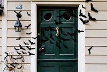 Halloween Costumes & Halloweeeeen  / by Sara Famularo