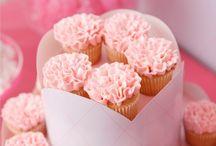 Cupcakes / by Heidi Bruch