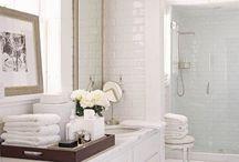 Bathrooms / by Heidi Bruch