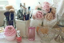 Make up stations <3
